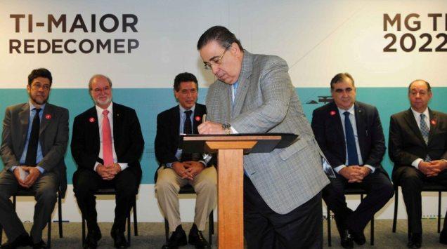 o-governador-em-exercicio-alberto-pinto-coelho-assinou-acordo-de-cooperacao-tecnica