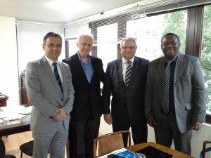 O presidente nacional do PSDB Sindical, Ramalho da Construção, ao lado de Rogério Fernandes e Juvenal Araújo (PSDB SIndical MG), durante encontro com o deputado Mendes Thame, em São Paulo.