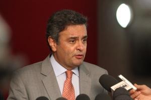 Senador Aécio Neves (PSDB-MG)