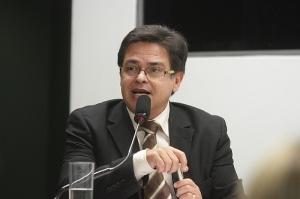 De acordo com Eduardo Barbosa, Para a gestão petista, os estados são uma coisa dispensável e sem importância. Foto Alexssandro Loyola