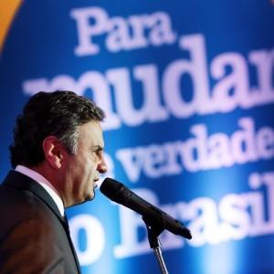 Aecio-Dilma-perdeu-controle-inflacao