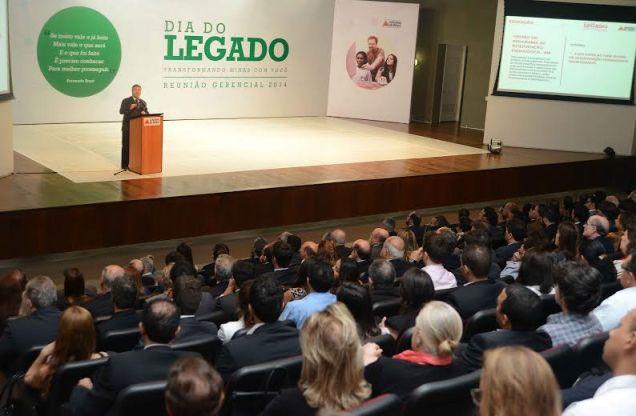 Em reunião gerencial no Auditório JK, governador apresentou a Agenda do Legado com os projetos e processos estratégicos que estão sendo desenvolvidos em Minas. Foto Omar Freire/Imprensa MG
