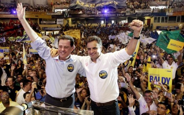 Aécio Neves e o governador Marconi Perillo na convenção do PSDB de Goiás. Foto Gerdan Wesley/PSDB