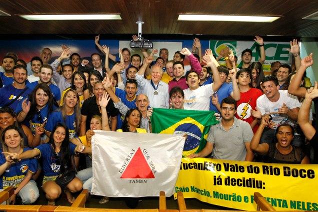Pimenta da Veiga se reuniu com a juventude dos 20 partidos que integram o Movimento Todos por Minas. Foto Leo Lara