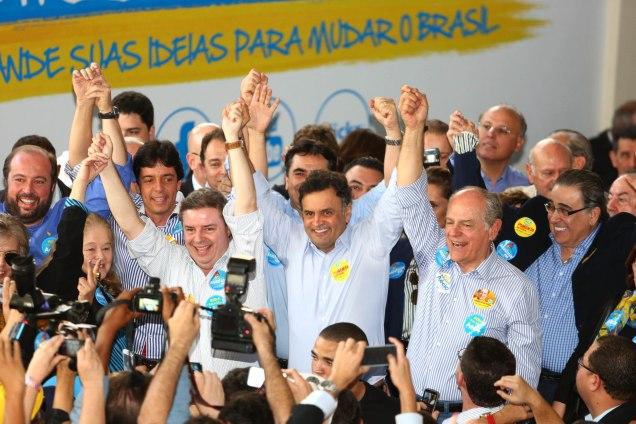 Candidatos participaram da inauguração do Comitê da Coligação Muda  Brasil em Belo Horizonte, com a presença de mais de dois mil apoiadores. Foto Mariela Guimarães