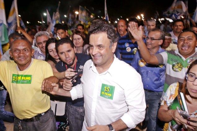 Aécio Neves participou de ato político em Teresina (PI) ao lado do governador e candidato à reeleição Zé Filho (PMDB). Foto Igo Estrela/Coligação Muda Brasil