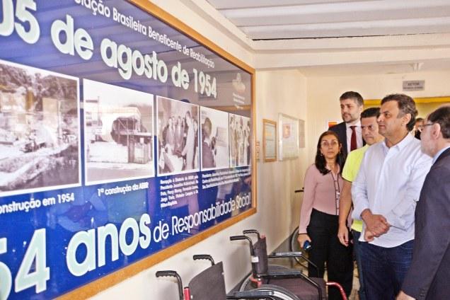 Aécio Neves visitou a Associação Brasileira Beneficente de Reabilitação (ABBR), no Rio de Janeiro (RJ). Foto Marcos Fernandes