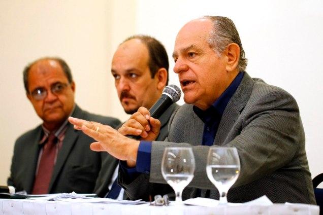 Rede responsável pela distribuição gratuita de medicamentos do SUS  nos 853 municípios mineiros será ampliada por Pimenta da Veiga