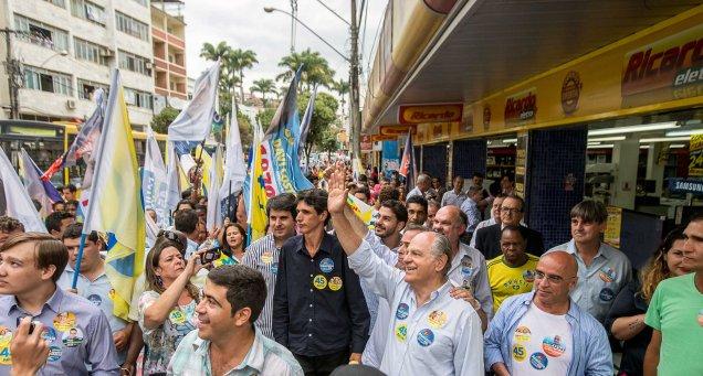 Pimenta da Veiga e lideranças políticas em Manhuaçu