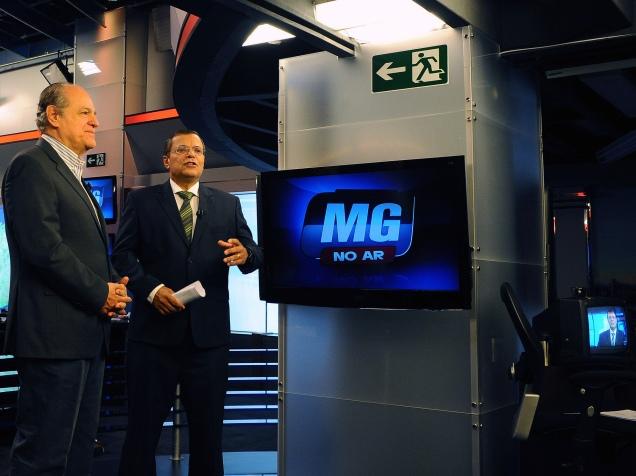 Em entrevista à TV Record, Pimenta da Veiga aponta melhorias em políticas sociais no estado e afirma que Minas Gerais não pode adotar o modelo de gestão do PT