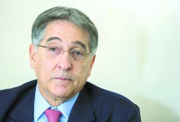 Governador Fernando Pimentel quer usar recursos de ações judiciais, inclusive de particulares, para pagar despesas do Estado