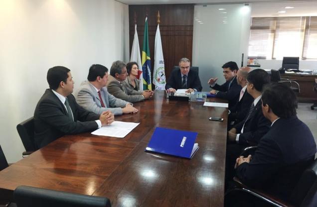 Presidente do PSDB-MG, Domingos Sávio, e parlamentares do PSDB se reuniram com o procurador-geral de Justiça, Carlos André Mariani Bittencourt