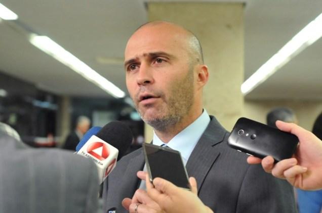 Deputado Gustavo Valadares (PSDB), líder da Minoria na ALMG. Foto ALMG