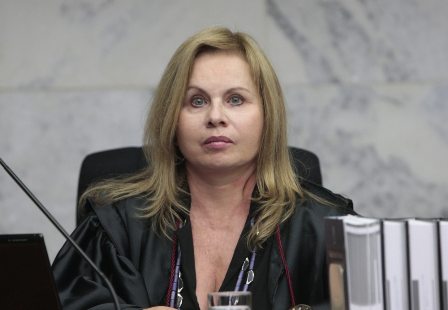 Subprocuradora-geral da República, Sandra Cureau, criticou o desastrado decreto da Presidente Dilma Rousseff